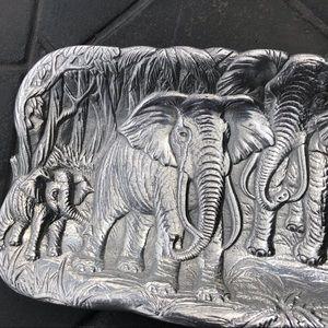 Arthur Court Kitchen - Arthur Court Elephant serving tray! Never used.